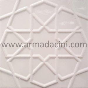 Kabartma desenli beyaz rölyefli seramik çini karo selçuk modeli banyo fayansı