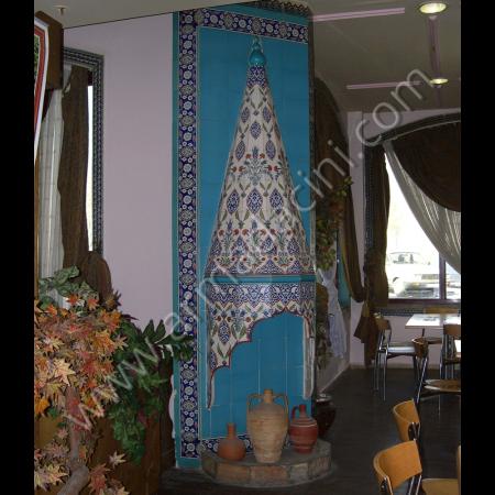 El Dekoru Otel Lobi Şömine Çini Dekorasyon Kütahya ve iznik çinileri el yapımı çini karo çini pano çiniler seramik dekorasyon hand made interior tiles
