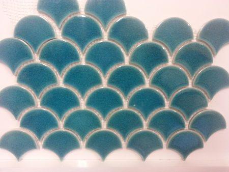PC-818 Turkuaz Balık Pulu Porselen Fileli Mozaik Cini, Kütahya porselen Kutahya seramik iznik çini sırlı mat banyo mutfak tezgah arası havuz otel türk hamamı kolon kaplama modelleri dekorasyon örnekleri, interior mosaic tiles porcelain tile mosque hotel ceramic decoration fiyatları