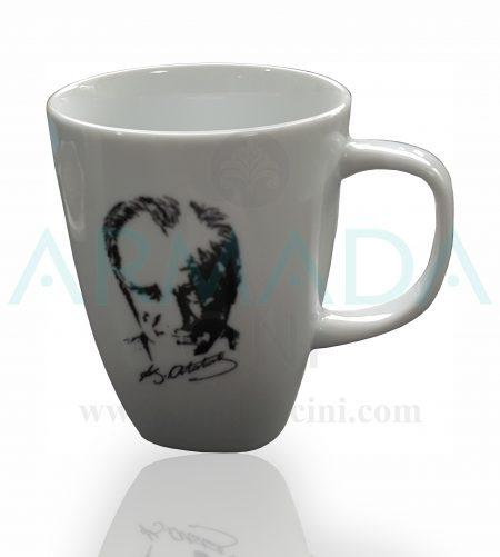 atatürk'lü mug kupa bardak atatürk baskılı imzalı silüeti silüetli porselen cam seramik kupa bardak modelleri desenleri tasarımları kütahya güral